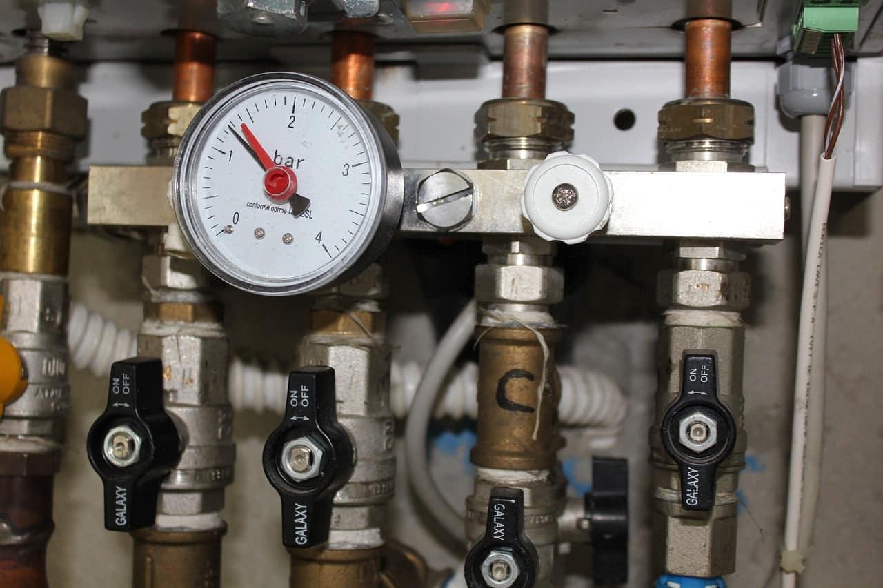 spuszczanie wody z bojlera