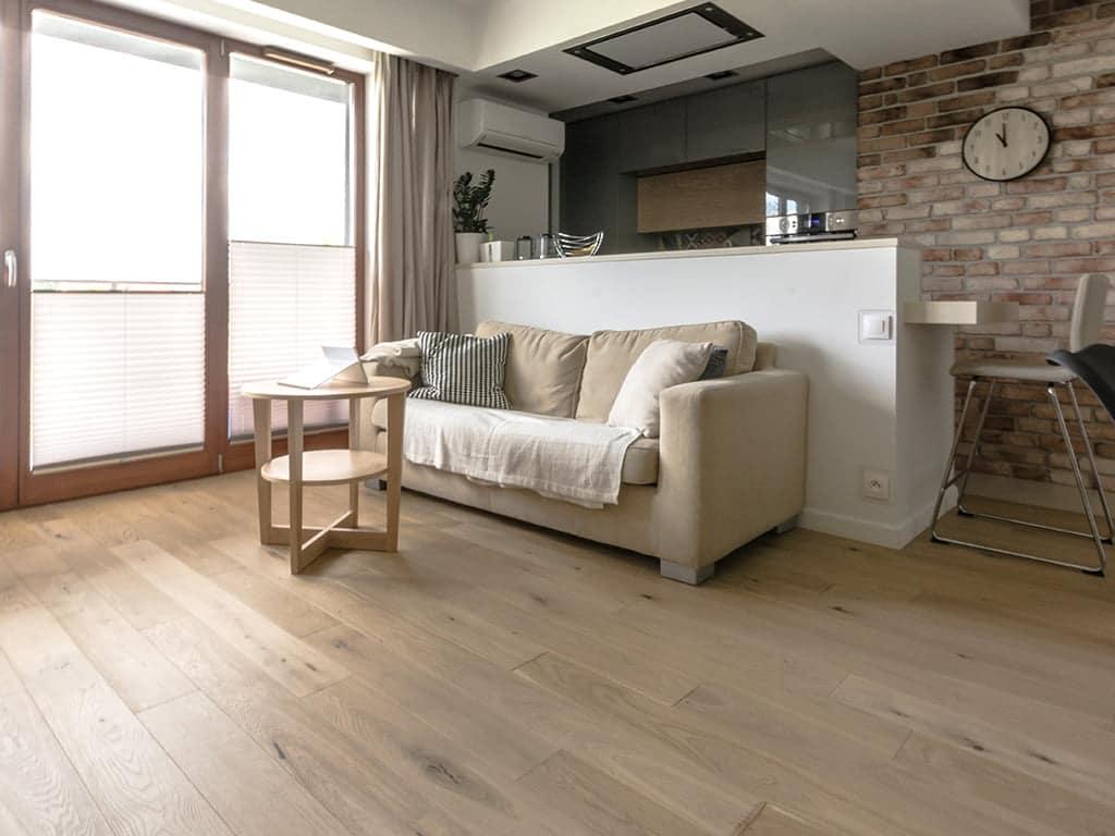 jaka podłoga do stylu loftowego