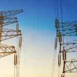 Przerwy w dostawie prądu. Jak uniezależnić się od dostawcy? Wykorzystaj agregat prądotwórczy